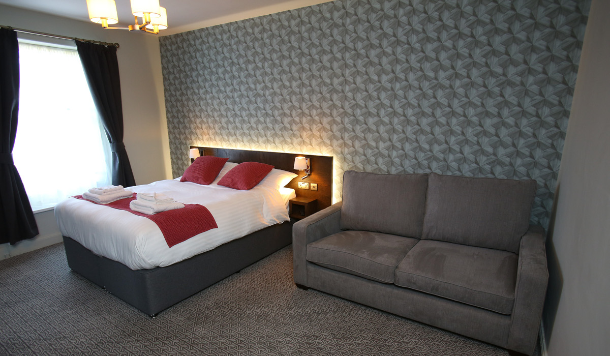 Queens Head Rothbury double bed