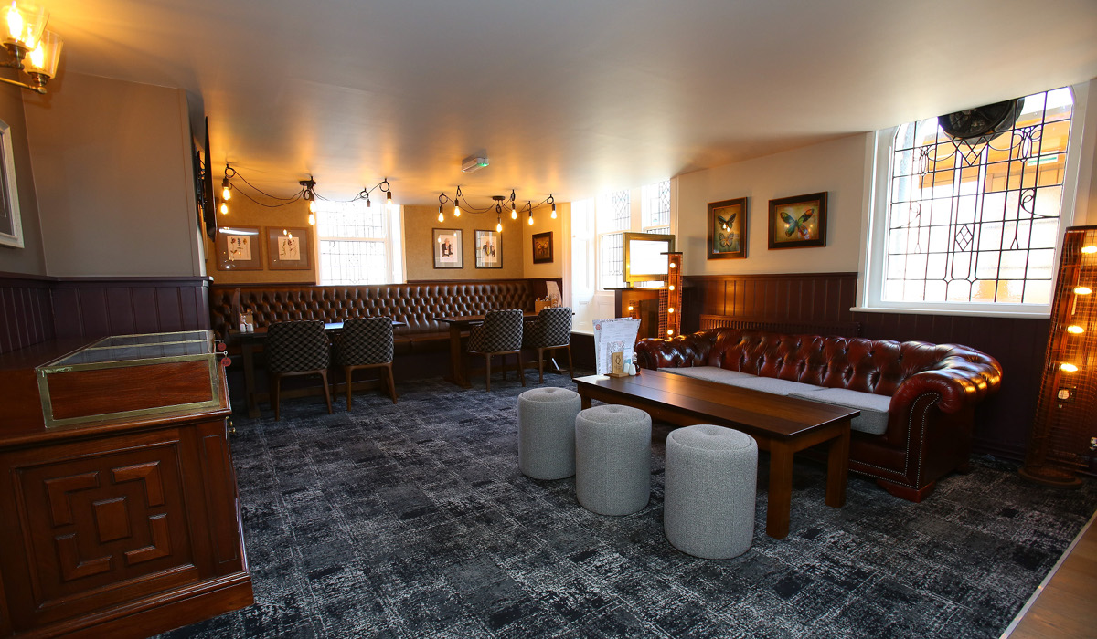Queens Head Rothbury internal seating