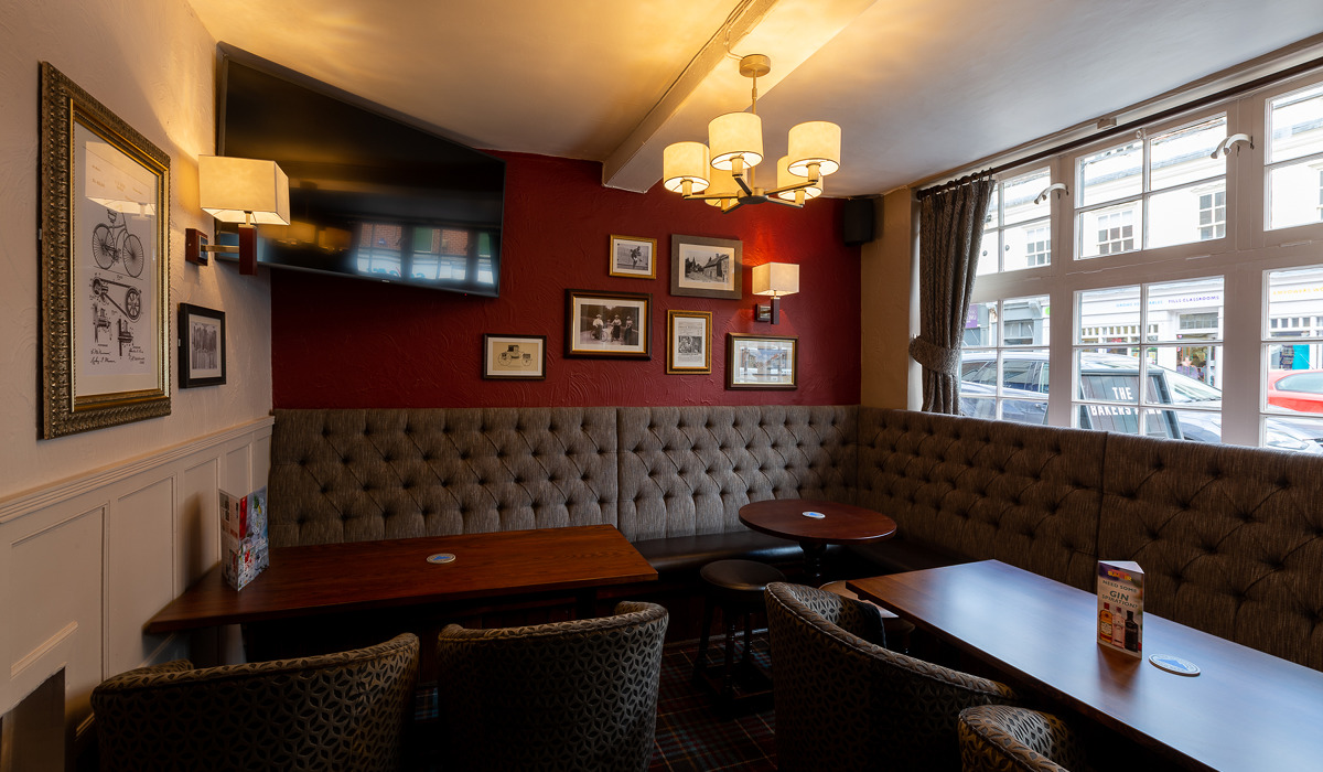 bakers arms alton internal seating