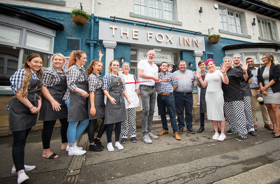 fox-inn-guisborough-team-photo
